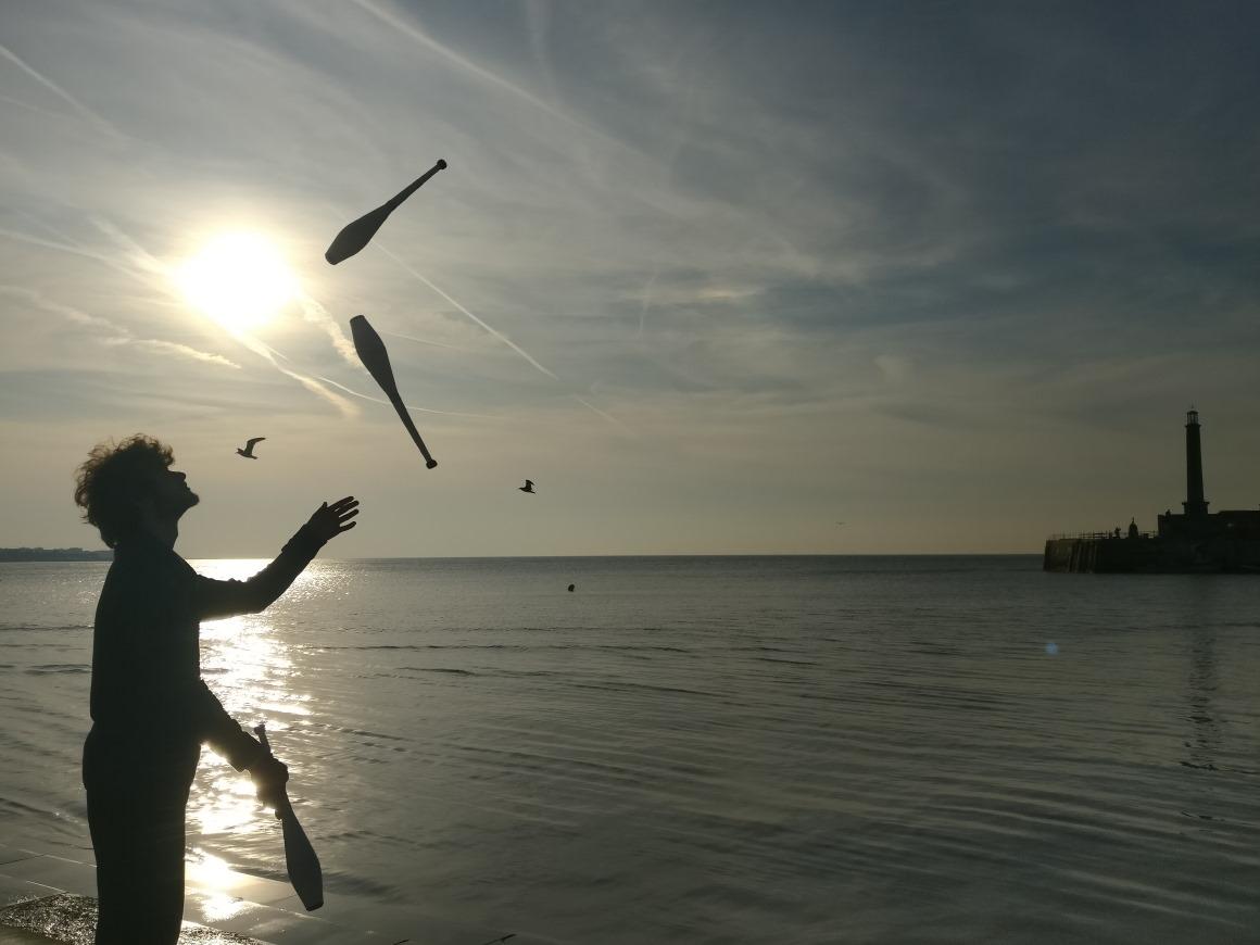 foto_juggling-silhouette-bjc2018